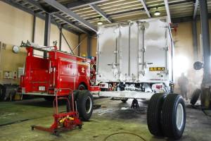 大型車両の整備